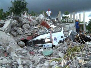A�n buscan a 10 argentinos en Ecuador por el sismo