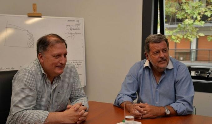 Elustondo y Romanazzi encabezaron encuentro con científicos