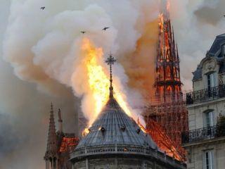 Macron: reconstruiremos la catedral de Notre Dame