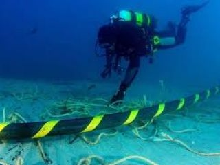 Google con cable submarino propio