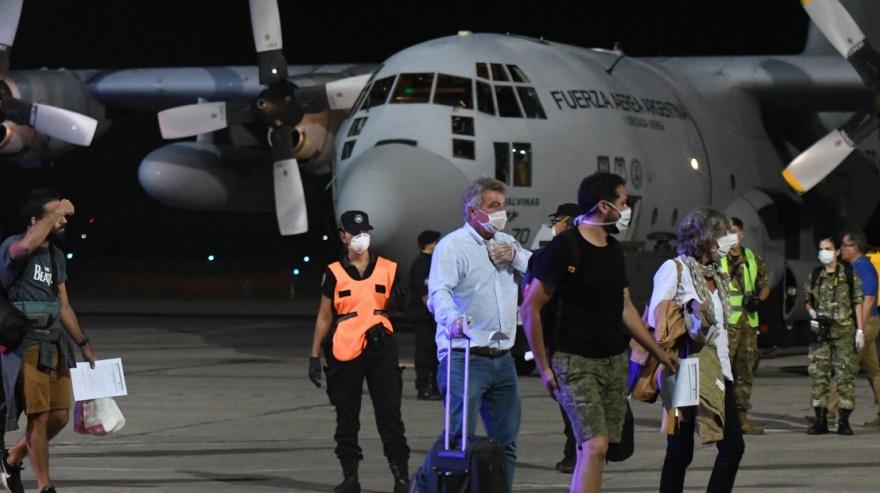 Unos 4.000 argentinos volverán al país en 21 vuelos de repatriación