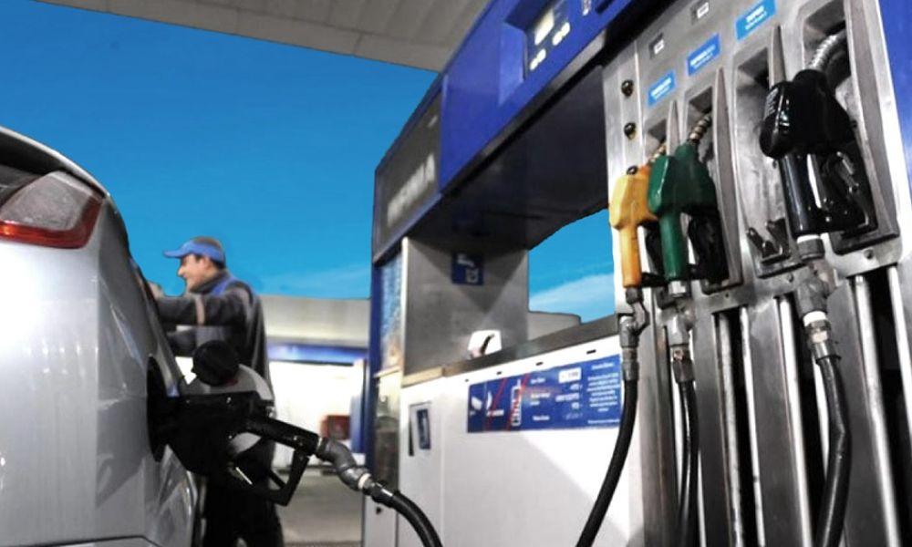 YPF aumenta 4,5% el precio de los combustibles