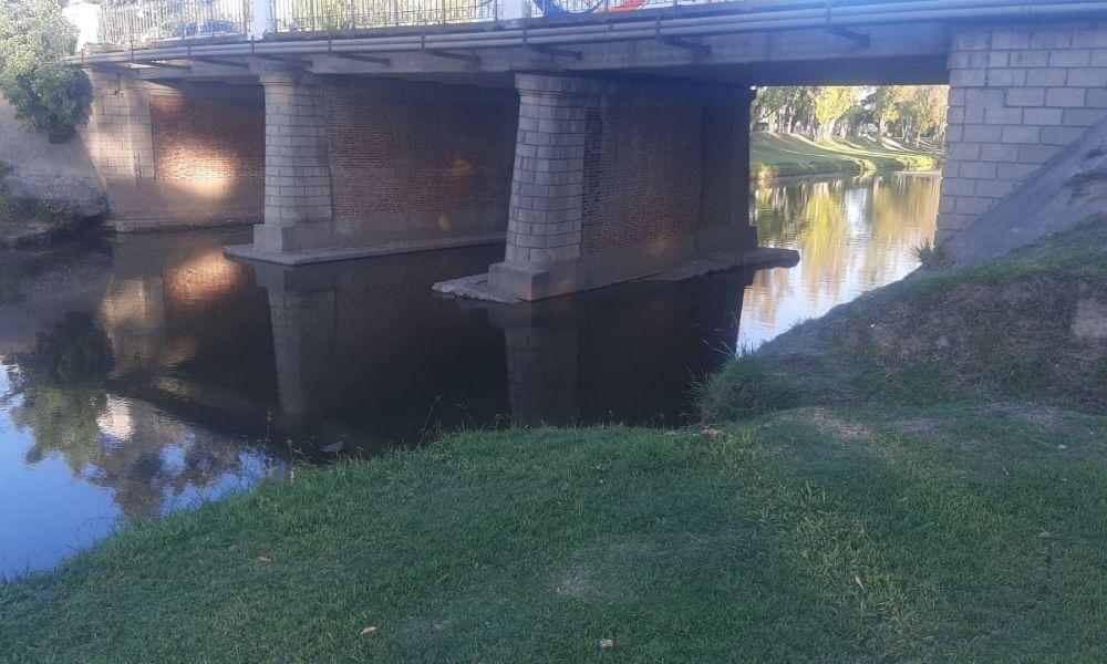 Puente Bv. Colón y Av. Illia