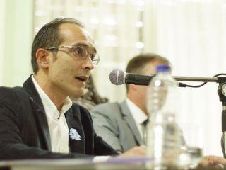 Covid-19: El intendente de Bolívar dio un paso al frente y puso a disposición el distrito para probar la vacuna