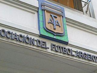 La AFA presentó protocolo y los entrenamientos comenzarían el 3 de agosto
