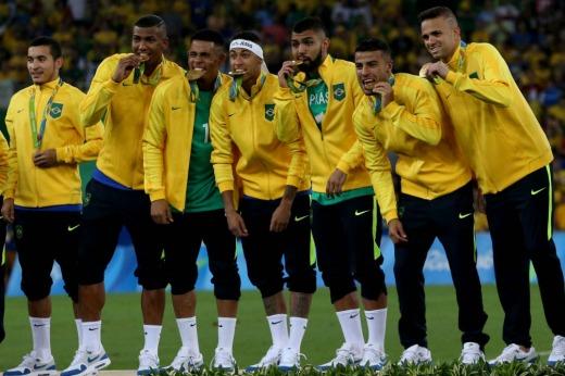 Brasil es de oro en fútbol