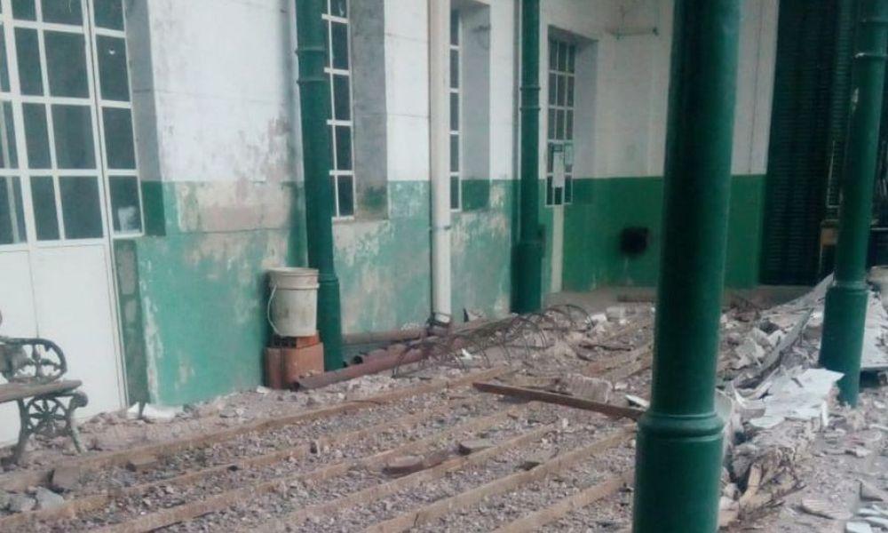 Caída del techo de una escuela en Junín