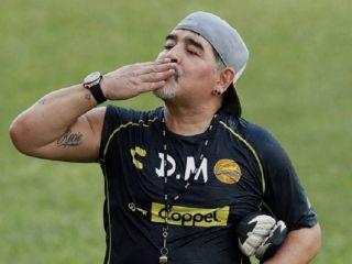 Maradona muere a los 60 años y conmueve al mundo entero